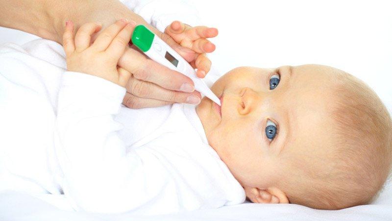 Accueillir un bébé à la maison : les équipements médicaux nécessaires