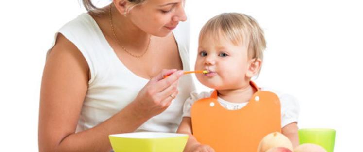 Que donner à votre bébé de la naissance à 2 ans ?